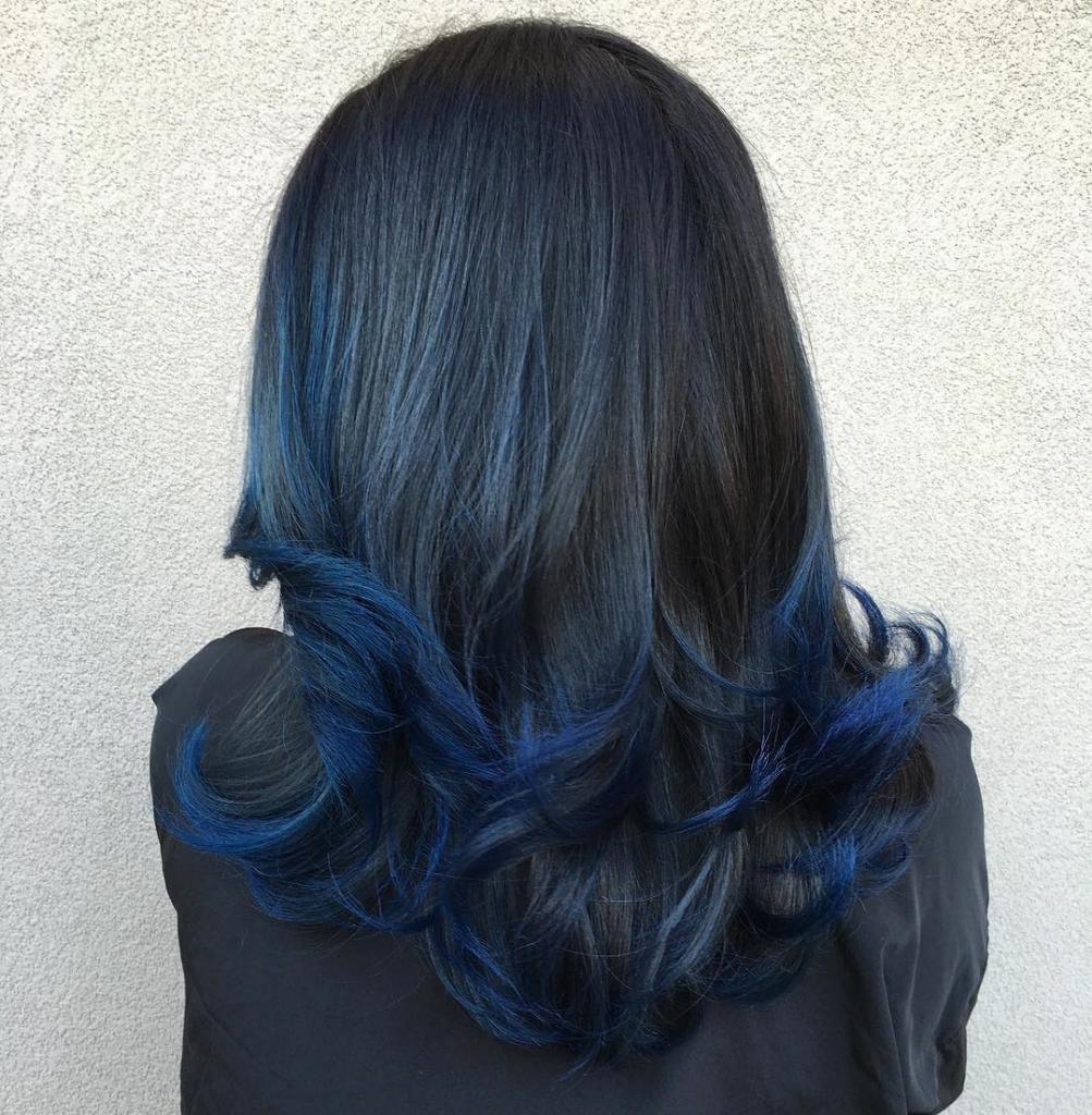 балаяж синим цветом